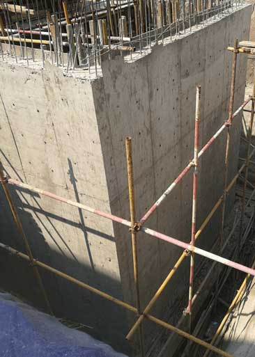 6米高墙,使用防水拉杆加固