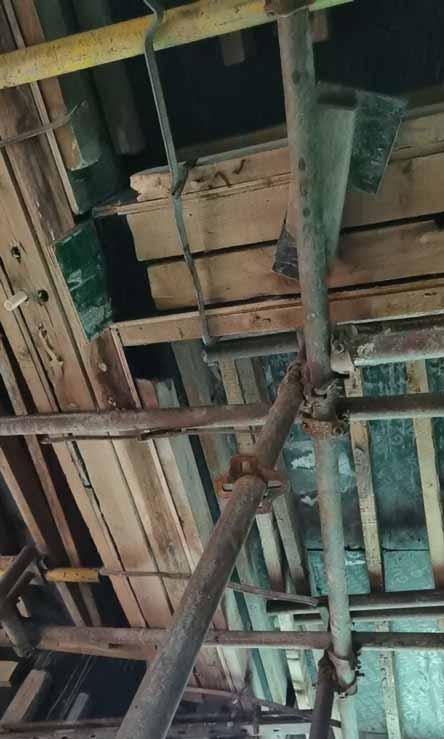 建筑木工梁架子梁底杆梁底大平杆照片